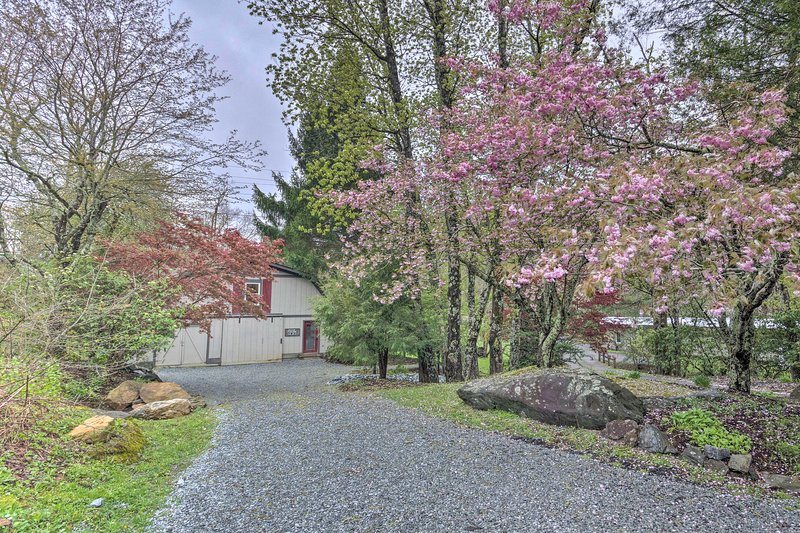 This property couldn't offer a more peaceful setting.