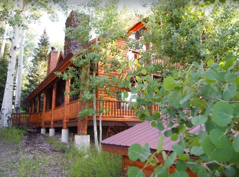 The Bison at Panguitch Lake, aluguéis de temporada em Panguitch