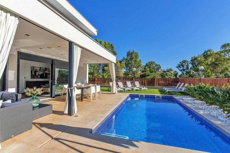 Beach Villa Mel, vacation rental in Alcudia