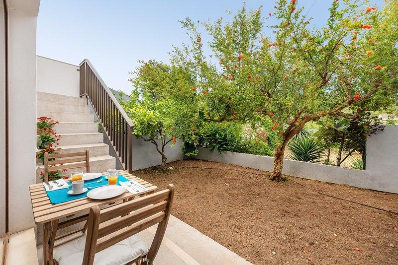 SA LLIMONERA - Chalet for 5 people in Son Carrió, holiday rental in Sant Llorenç des Cardassar