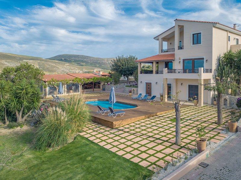 Rural Villa, Ferienwohnung in Karteros