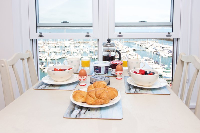 Stepaside Apartments - Tom's Nest - Luxury couples' romantic bolthole with spect, holiday rental in English Riviera