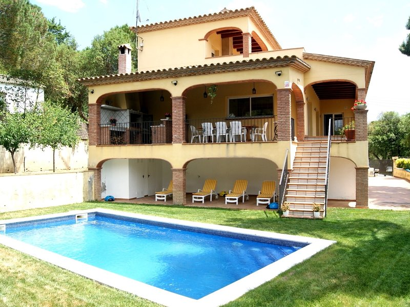 Private pool, barbecue and lots of fun, holiday rental in Romanya de la Selva