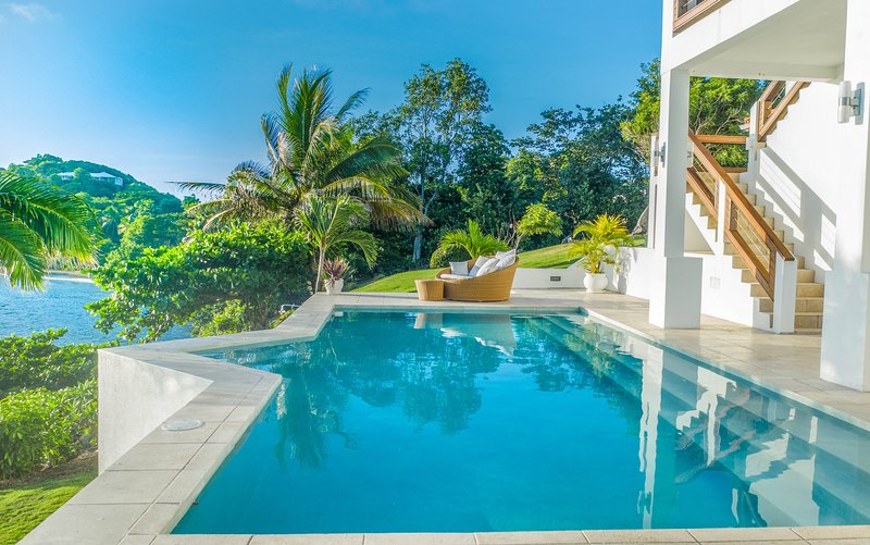 Stunning Luxury Waterfront Villa In Grenada, holiday rental in Saint David's