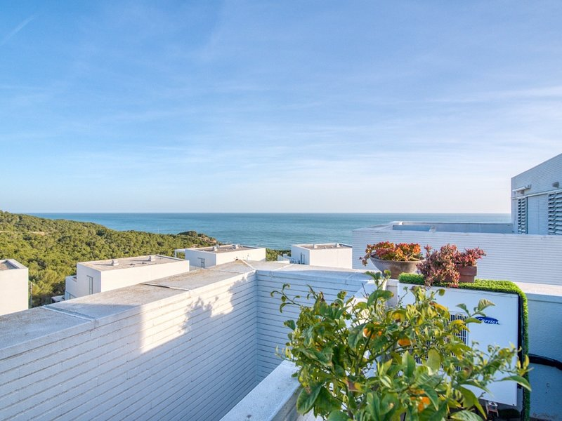 Premium duplex with infinity pool, alquiler vacacional en Sant Pere de Ribes