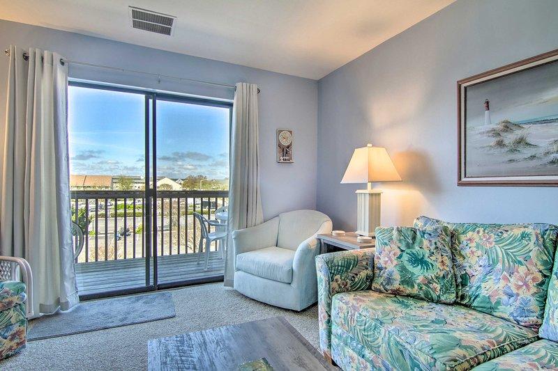 NEW! Centrally Located Ocean City Home w/ Balcony!, alquiler vacacional en Fenwick Island