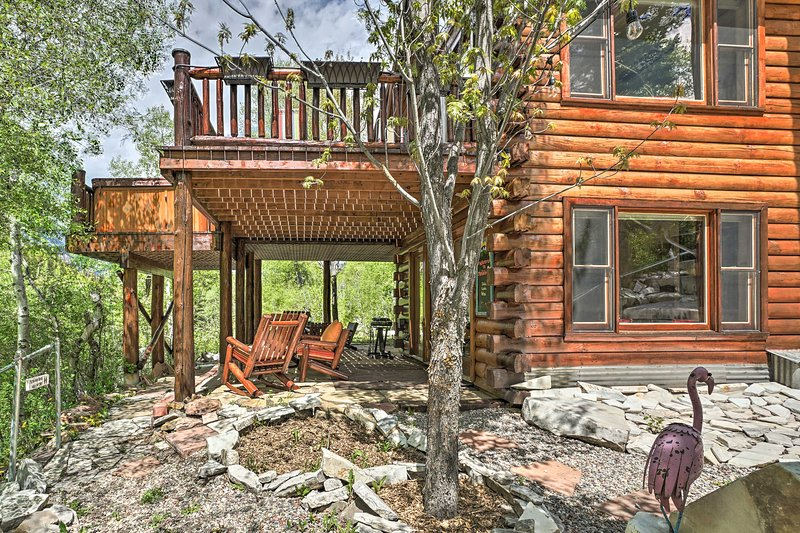 Riverfront Marble Studio Apartment on The Crystal!, vacation rental in Redstone