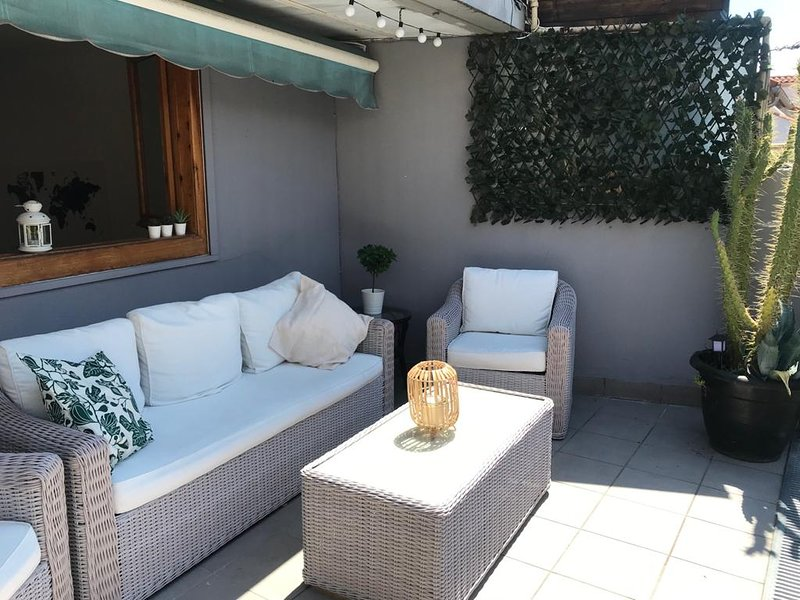 Top Apartment con terraza en Calle Estafeta, location de vacances à Pampelune