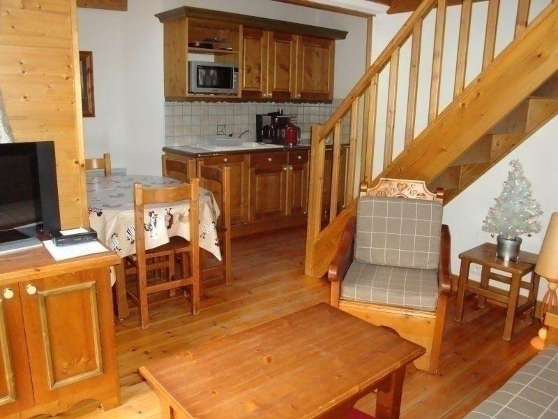Agréable duplex avec balcon - idéal en famille !, holiday rental in Pralognan-la-Vanoise
