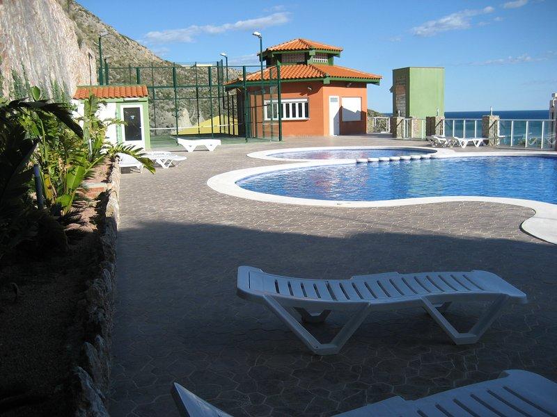 Apartamento amplio, luminoso y confortable en Bellaterra, casa vacanza a Corbera