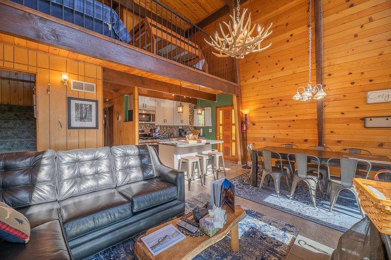 Fawnskin Family Cabin, location de vacances à Fawnskin