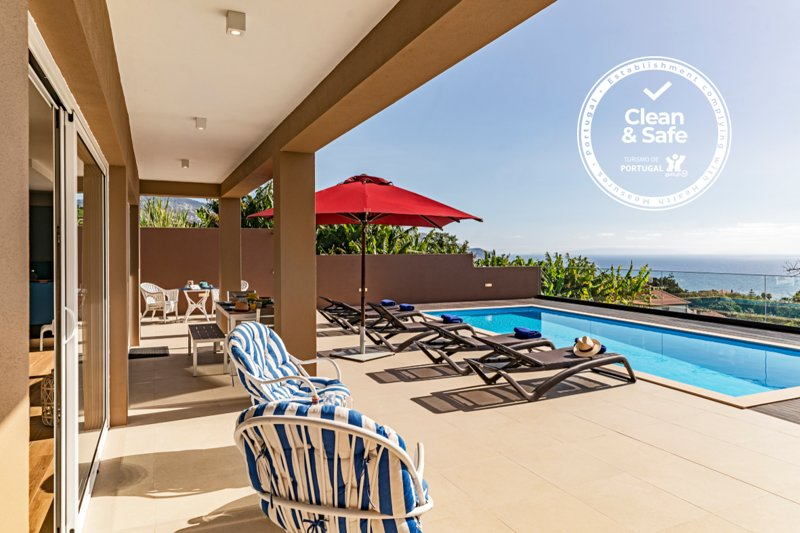 NEW! Villa Alvinho | Lifestyle & Nature| Heated Pool 28ºC, vacation rental in Funchal