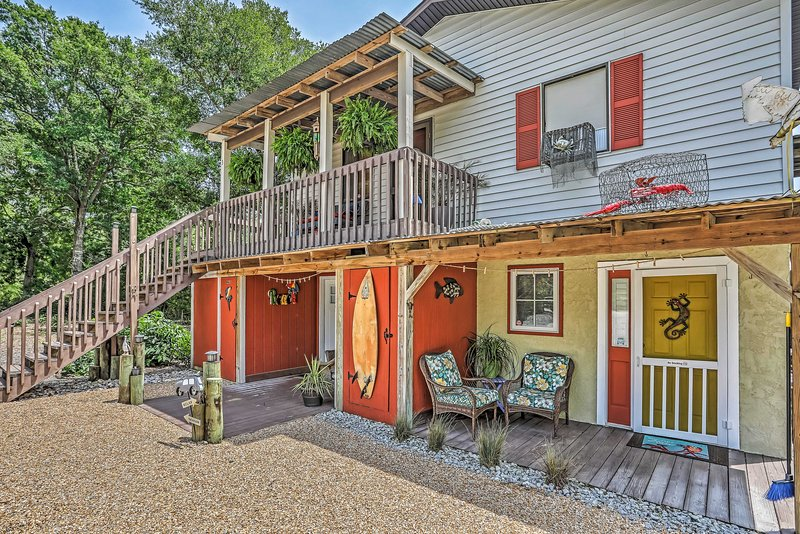 Have the ultimate vacation with this Ocean Isle Beach vacation rental studio!