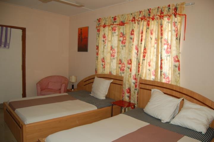 Marinette Hotel, holiday rental in Sakumona