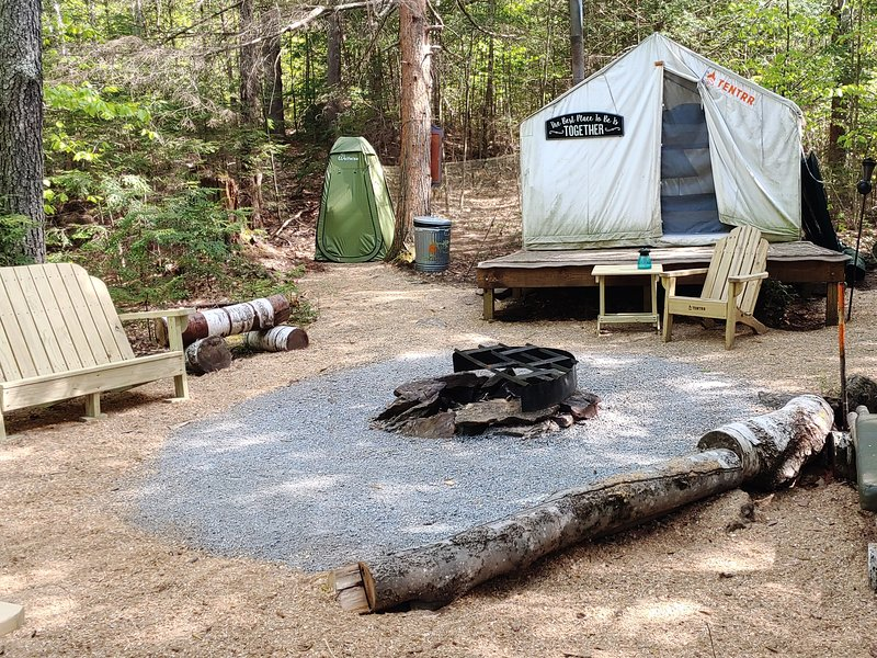 Tentrr Signature Site - The Lost Boys Hideout Rock'n Summer, holiday rental in Henniker