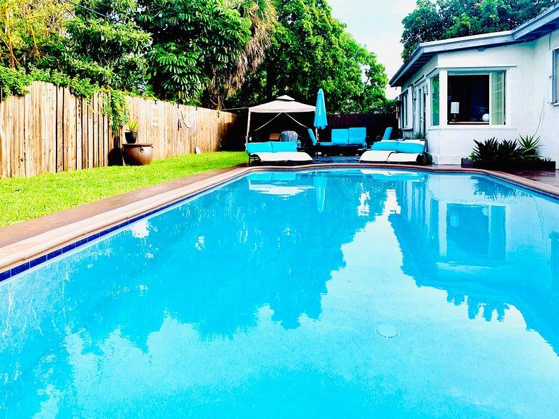 SANTORINI HOUSE IN AVENTURA. 'CORONA FREE HOME' (NEW LISTING), location de vacances à Miami Gardens