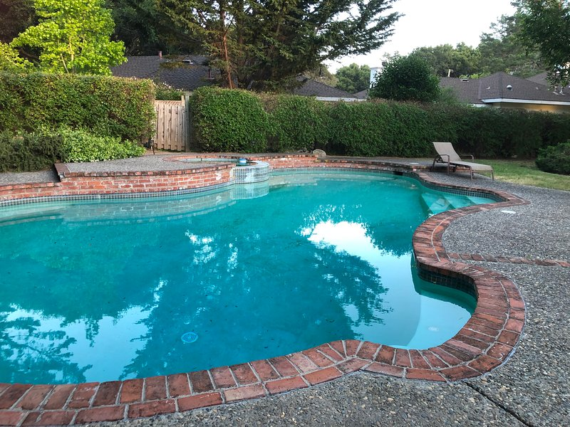 Pool is not heated