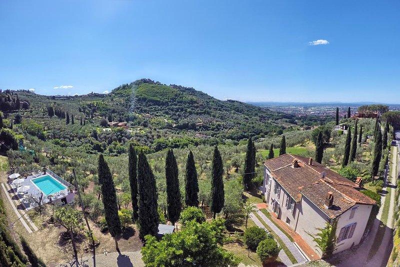 Villa Maona - villa con piscina tra Firenze e Pisa, holiday rental in Montecatini Terme