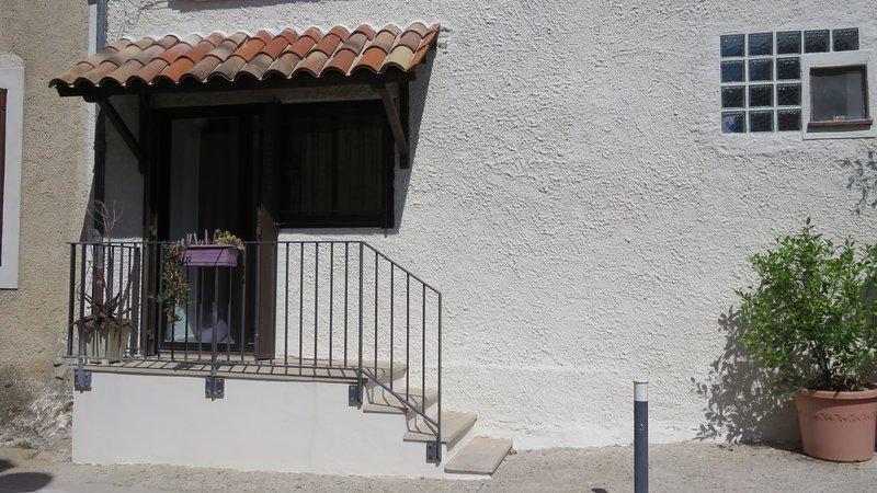 Gite studio à Cournonsec, proche Montpellier Séte, alquiler vacacional en Cournonterral
