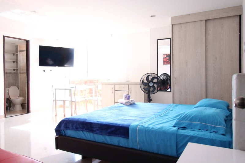 Cozy Aparment One Bed Poblado Frontera, vacation rental in Envigado
