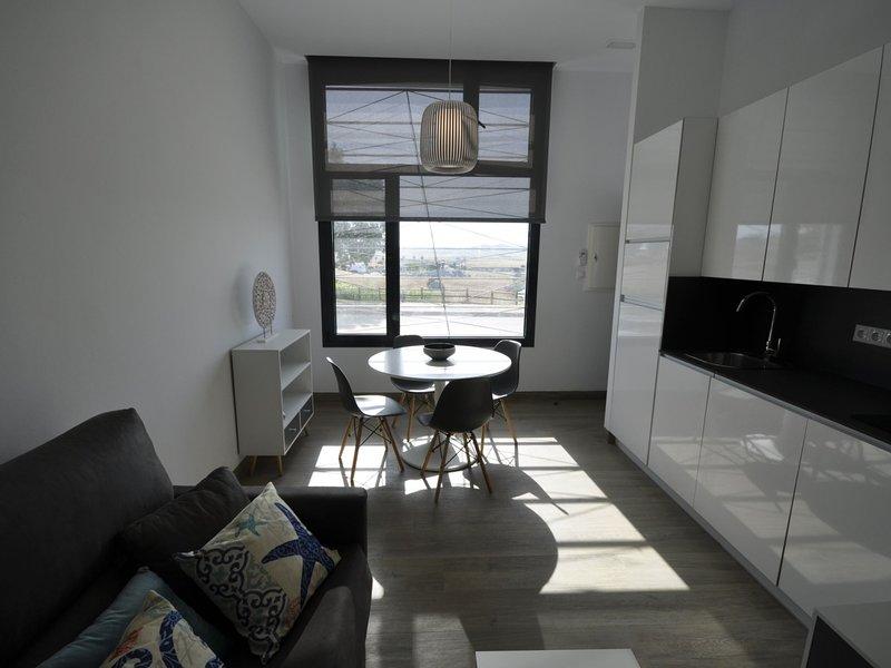 Bright modern studio Conil with Views I, holiday rental in El Palmar de Vejer