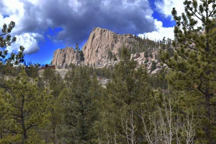 Private Cabin, Views of Turkey Rock, Hiking, 4X4, Rock Climbing, Fishing, Wifi, holiday rental in Lake George