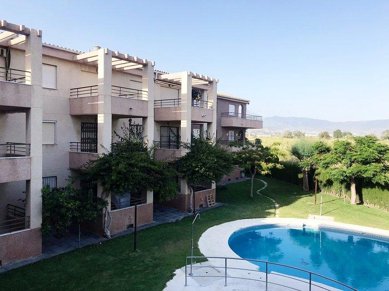 La Fragata apartamento 2 dormitorios para ir con niños, holiday rental in Salobrena