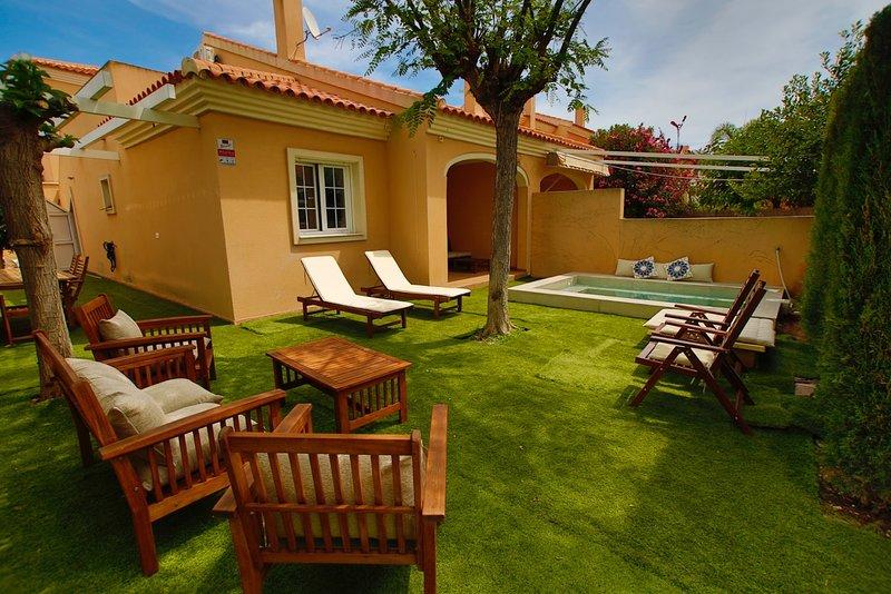 Chalet con piscina privada- Villa private Pola, holiday rental in Monte Faro