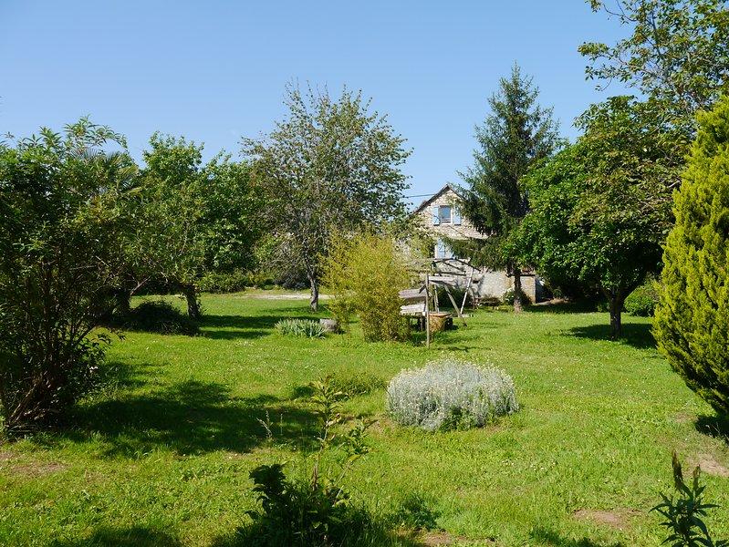 Domaine de Grand Lac, location de vacances à Lachapelle-Auzac