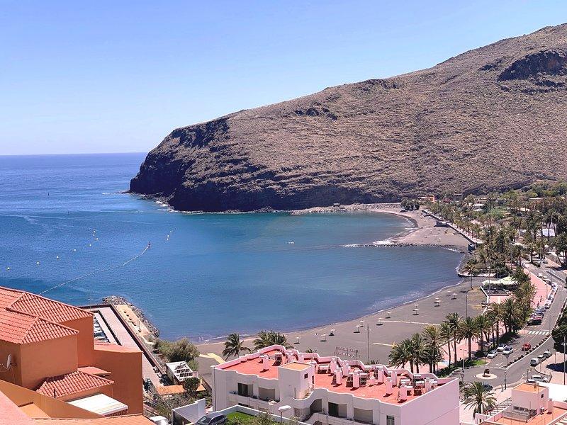 Vista Brego - Sea Views, A/C, Swimming Pool, holiday rental in San Sebastián de la Gomera