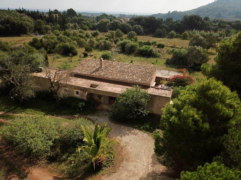 casa de campo con piscina en plena naturaleza, location de vacances à Son Servera
