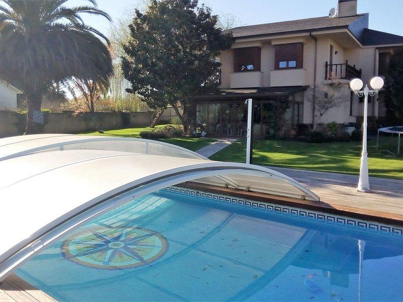 OKTHEWAY VILLA MANEIRO, vacation rental in Monfero