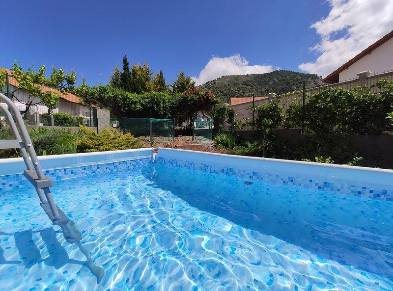 Apartamento Turístico Rural NÍVALIS, holiday rental in Colomera