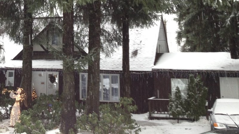 Grandma's Suite · Grandma's Suite - 15% OFF ON TOURS!, casa vacanza a Juneau