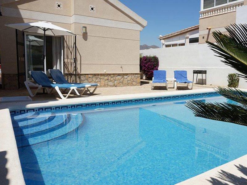 Casa Alba 2 bedroom 2 bathroom, private pool. WIFI. Airconditioning etc, holiday rental in San Juan de los Terreros