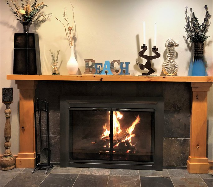 Fireplace to keep you warm on cool evenings.