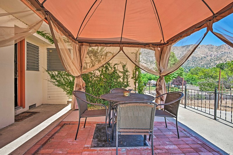 Scenic Kernville Home - Walk to Downtown & River!, holiday rental in Bodfish