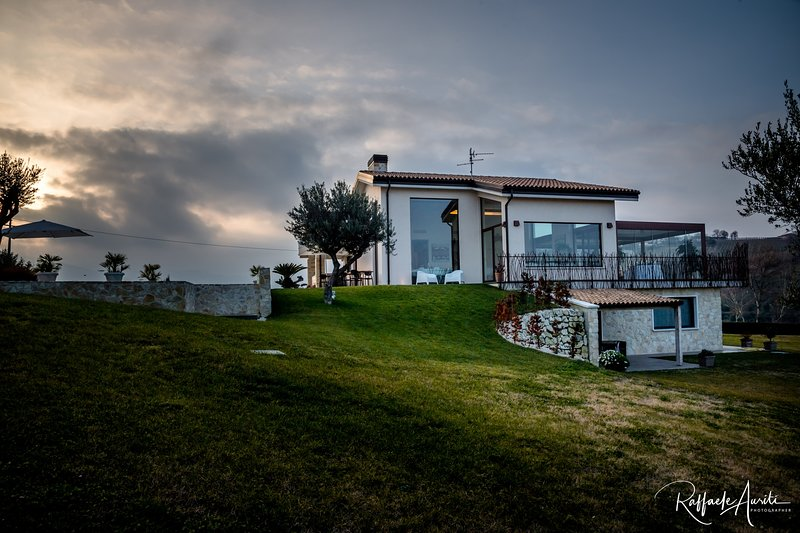 Ranieri Events and B&B Suite, vacation rental in Arielli