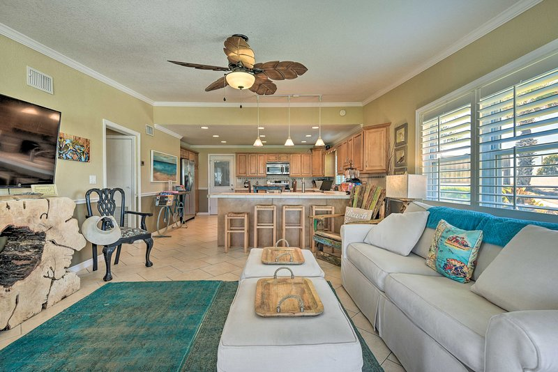 Trendy Ormond Beach Bungalow - Steps to the Beach!, holiday rental in Ormond-by-the-Sea