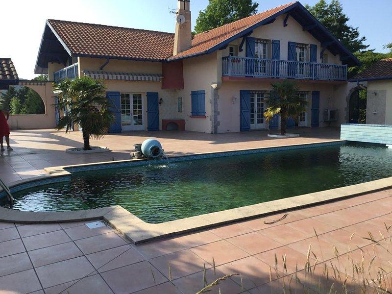 Villa Itzaralde - Bassilour, casa vacanza a Arbonne