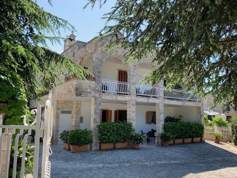 La Casa di Clè vicino zoosafari, alquiler vacacional en Pozzo La Chianca-Salamina-difesa