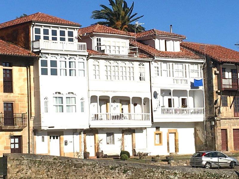 Preciosa casa, con vistas, en Lastres., location de vacances à Colunga