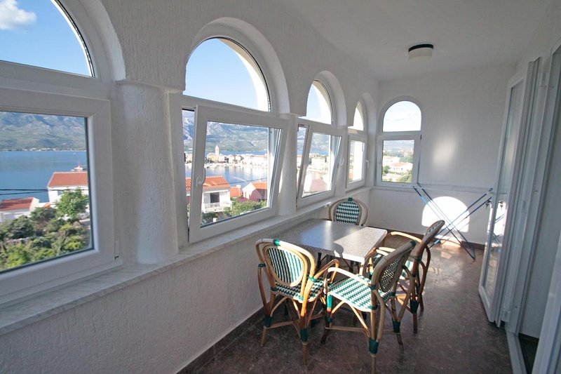Vinjerac Apartment Sleeps 4 with Air Con - 5464947, vacation rental in Slivnica
