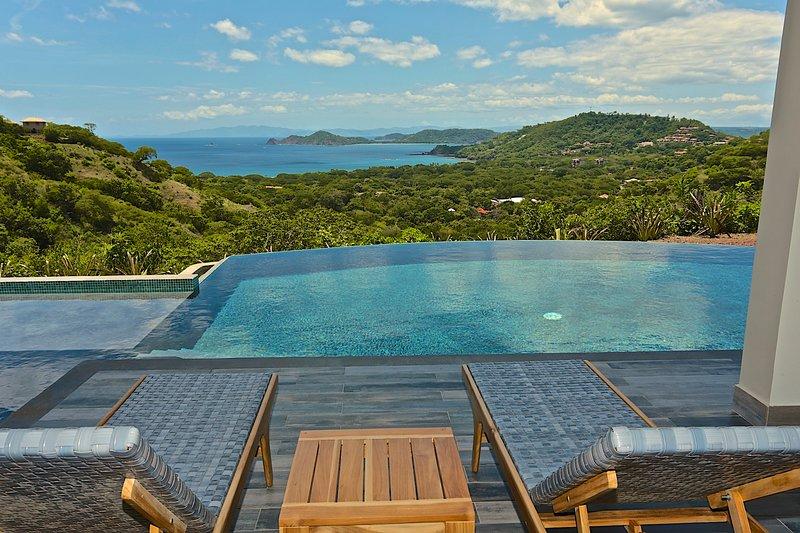 Casa Vista Mar Ocean View 3 Master Suite Home!, casa vacanza a Sardinal