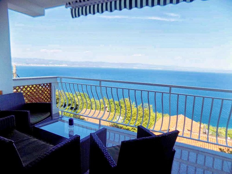 Brsec Apartment Sleeps 3 with Air Con - 5467506, vacation rental in Moscenice