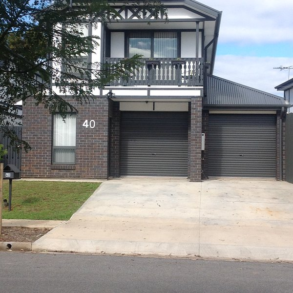 AGATHAS AT SEACOMBE GARDENS, holiday rental in Hallett Cove