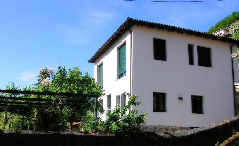 Casa Rectoral de Belesar, Ferienwohnung in Panton
