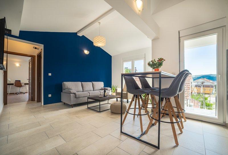 Stylish and cosy apartment next to PortoMontenegro – semesterbostad i Tivat