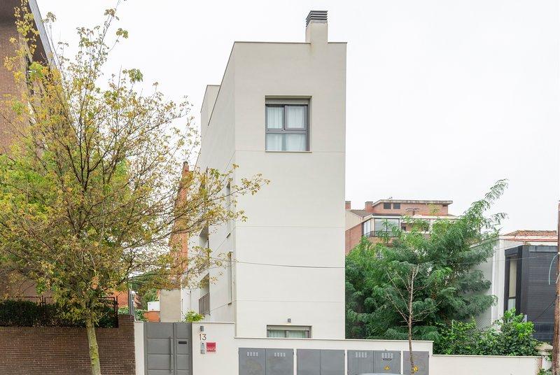Roomspace - Arturo Soria, location de vacances à San Fernando de Henares