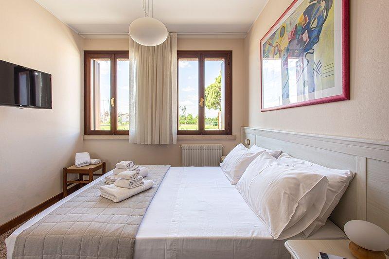 Borgo Tabari Appartamento Kandinsky, vacation rental in Pove del Grappa